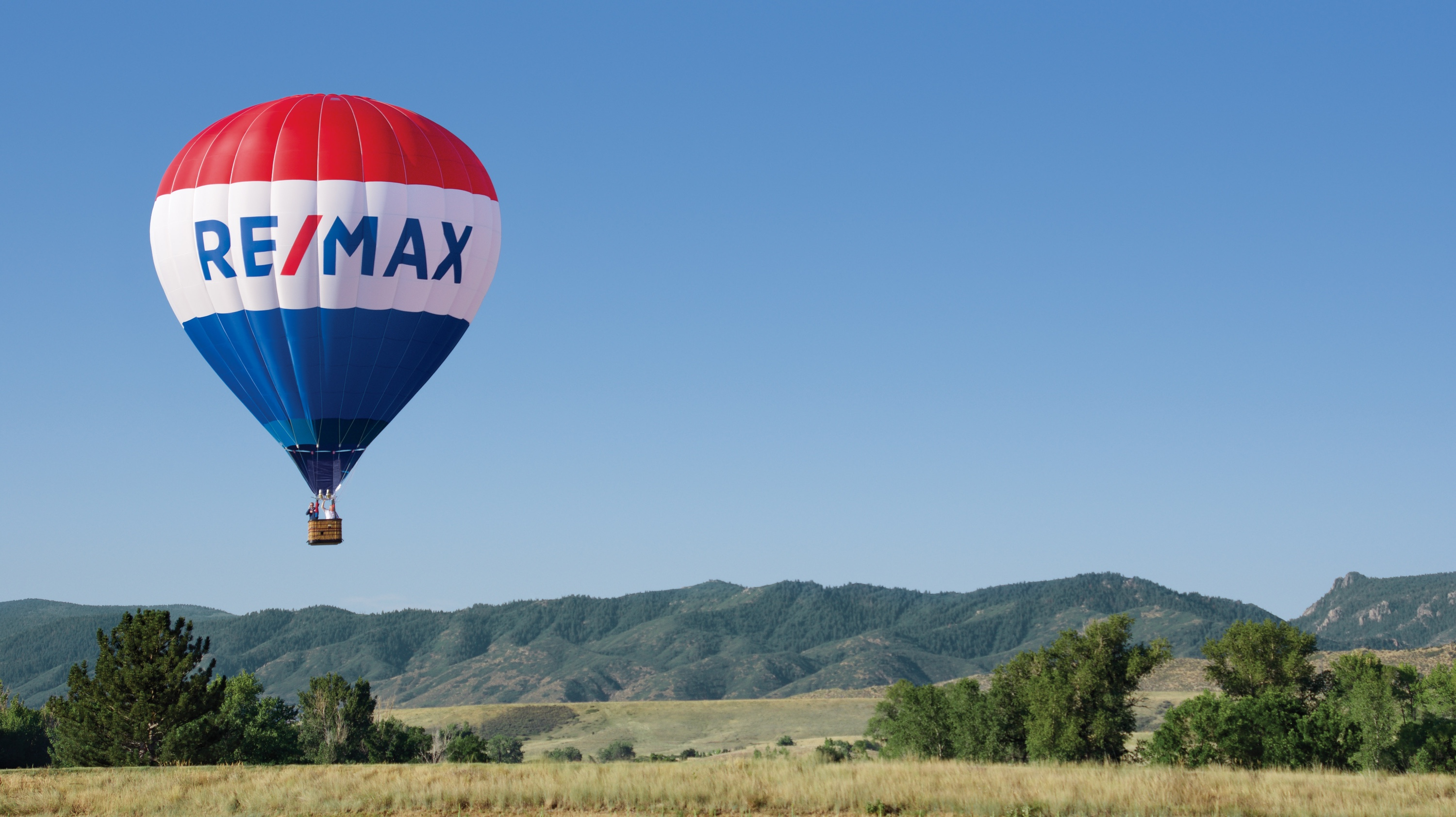 About RE/MAX
